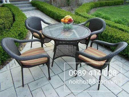 Lựa chọn bàn ghế sân vườn mây nhựa giá rẻ