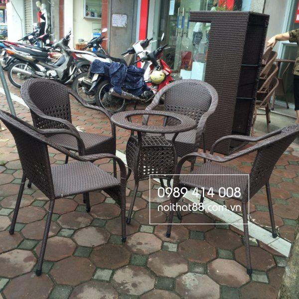 Bàn ghế cafe mây nhựa dành cho quán cafe vintage