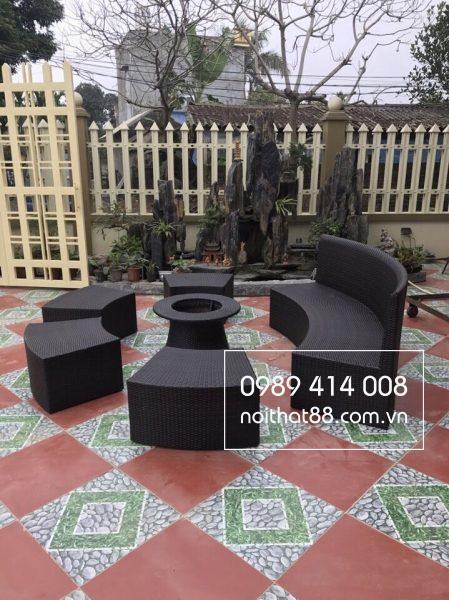Bàn ghế sân vườn giả mây với thiết kế độc đáo