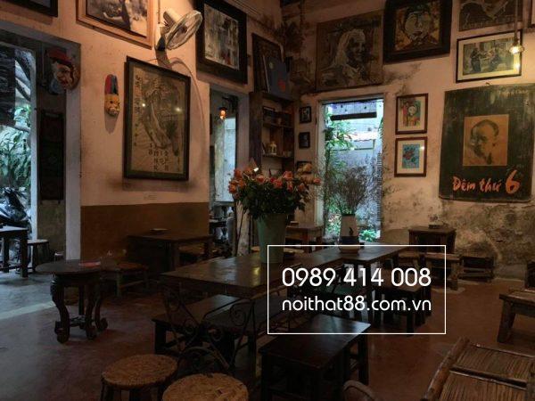 Bo Ban Ghe Cafe Cuoi Ngo