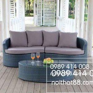 Sofa May Nhua 600x400 2